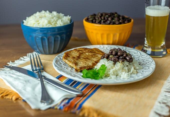 Chuletas: Latin American pork chops. | Ethnicspoon.com