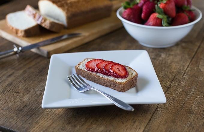 Aunt Lou's Feather Cake | Ethnicspoon.com