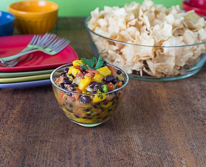 2 minute spicy mango pico de gallo salsa   ethnicspoon.com