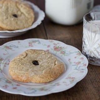 Aunt Lou's Sugar Cookies: A 100+ year old sugar cookie recipe. | ethnicspoon.com