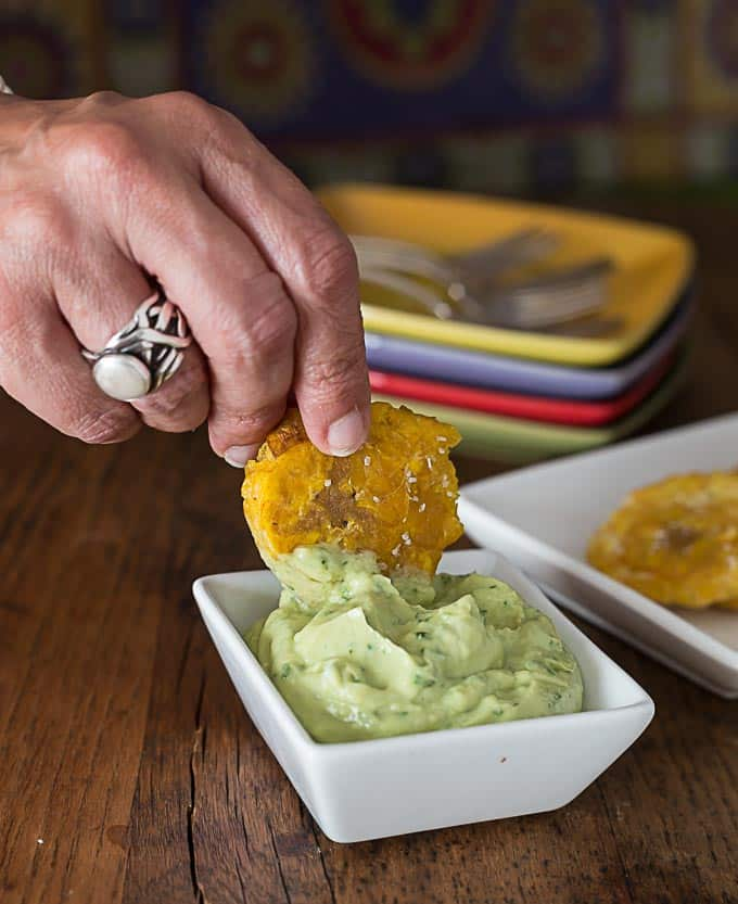 A Latin American favorite: Tostones with avocado cream sauce. | ethnicpsoon.com