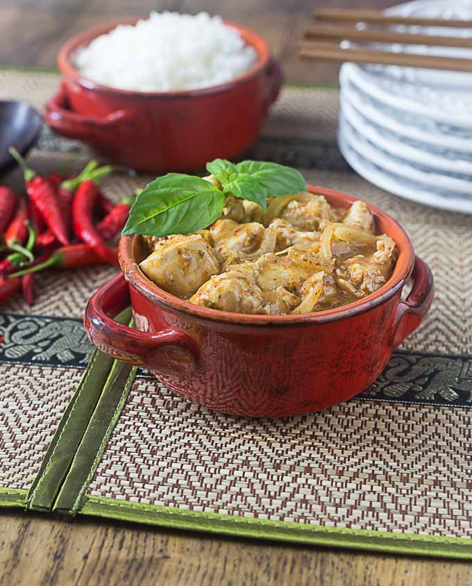 Thai red curry chicken with robust sweet and savory flavors and some heat too! A super easy recipe! | ethnicspoon.com