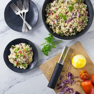 Try a fresh and delicious Mediterranean orzo pasta salad at your next family gathering. This is a great salad to take along to events or serve at a dinner party. This is easy and delicious salad recipe with tomatoes, feta cheese, Kalamata olives, and artichoke hearts among other things. | ethnicspoon.com