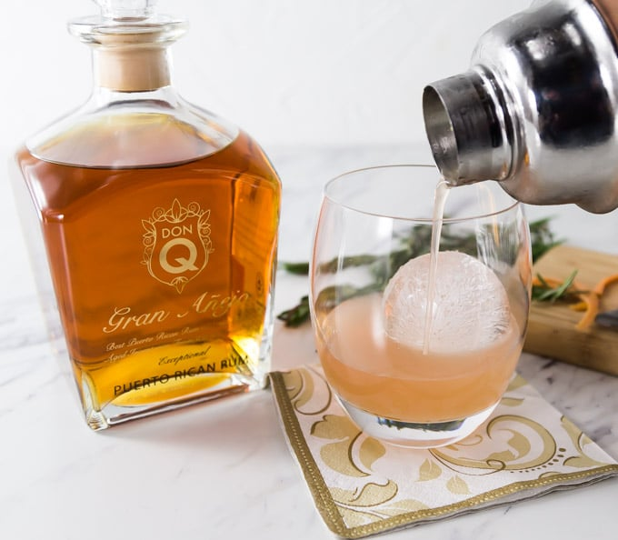 Fresh citrus is one of my favorite ingredients in a cocktail. You will love the subtle flavors in this grapefruit rosemary mojito made with Don Q Gran Añejo rum. This is crisp and refreshing so shake one up and enjoy! | ethnicspoon.com