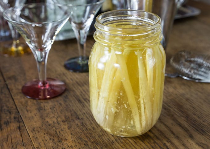 Lemongrass infused simple syrup you can make at home. | ethnicspoon.com